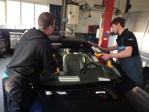 Ruitreparatie Autobedrijf Van Straalen